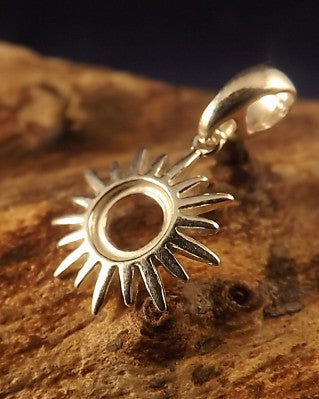 Silver Sun Pendant Mount For 6mm Cabochon