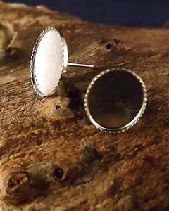 Light Weight Oval Studs