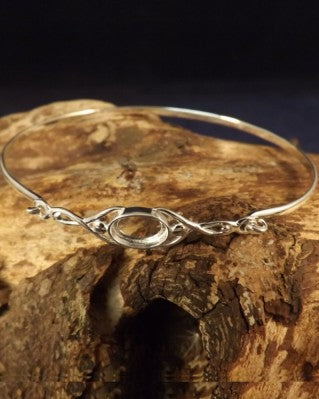 Silver Celtic Stlye Bangle Setting For 8x6 Cabochon