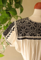La Xantal Embroidered Blouse - Black