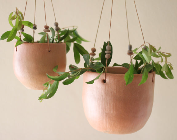 Barro Natural Hanging Pots