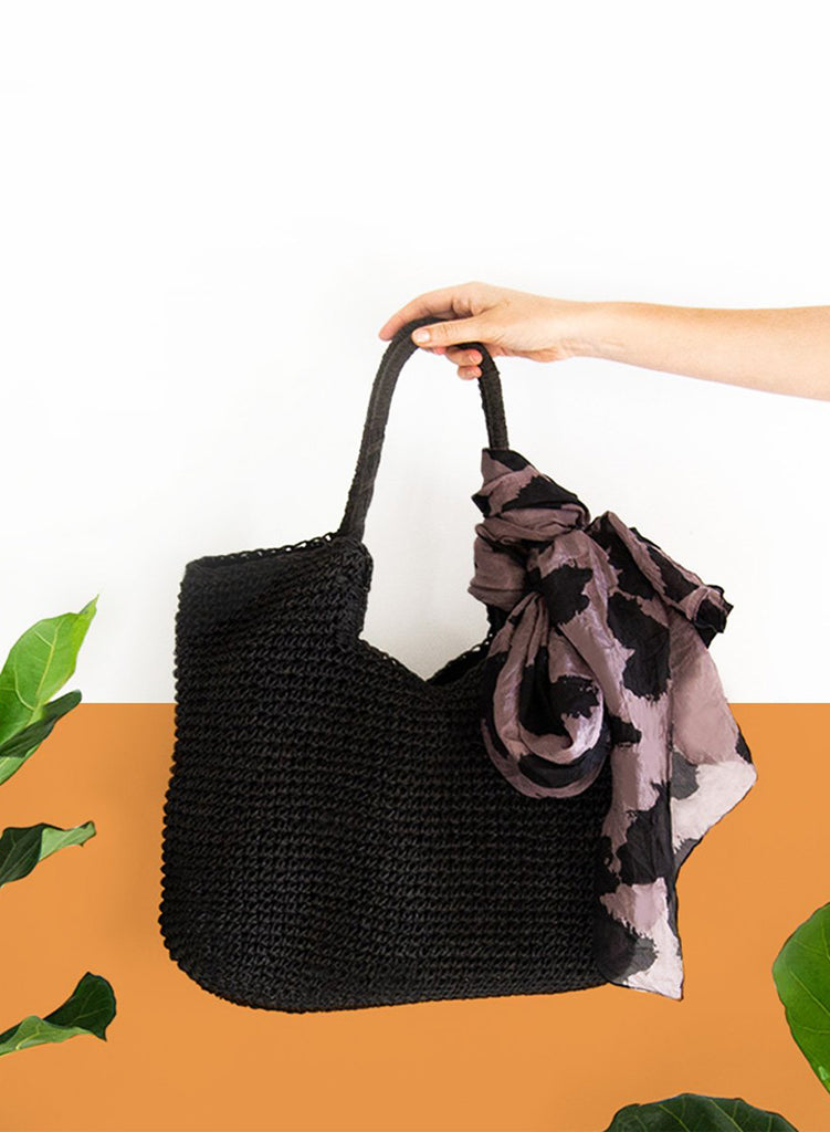 Straw Handbag Tote - Black