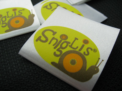 Custom Printed Satin Label (2~4 Colors on Artwork) 1,000pcs White Background *Free Worldwide Shipping*