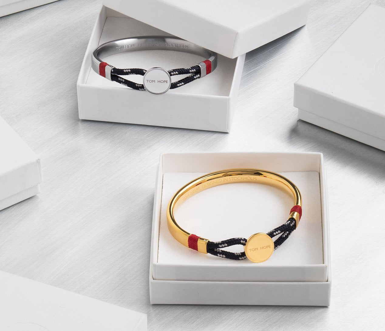 tomhope-bracelets-hybrid-collection_d150a146-53af-461f-bf2e-3d4d734ea296