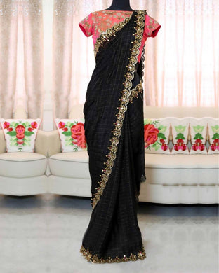 Black Colour New Trendy Latest Soft And Smooth Cotton Chex Saree With Designor Blouse.