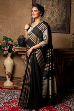 Black Linen Saree With Different Beautiful Designs