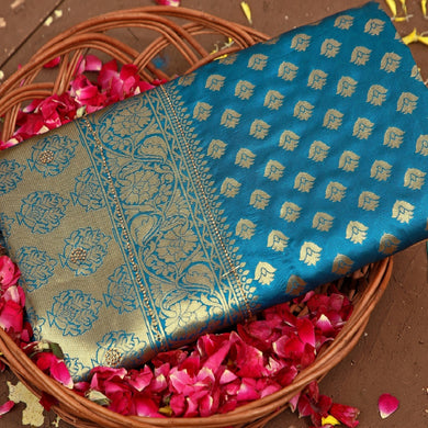 Blue Colored Hanloom Weaving With Golden Zari Work