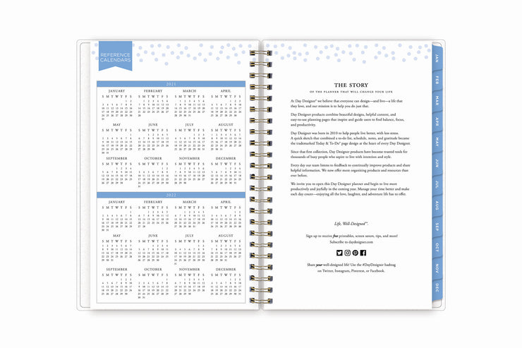 2021 and 2022 yearly overview reference calendar in a 5x8 weekly monthly planner