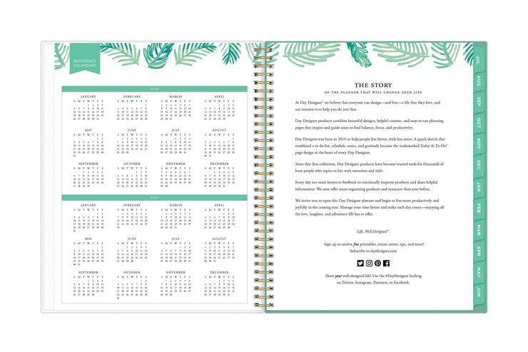 2020-2021 reference calendar for the academic school year on left page and day designer brand's story on right page