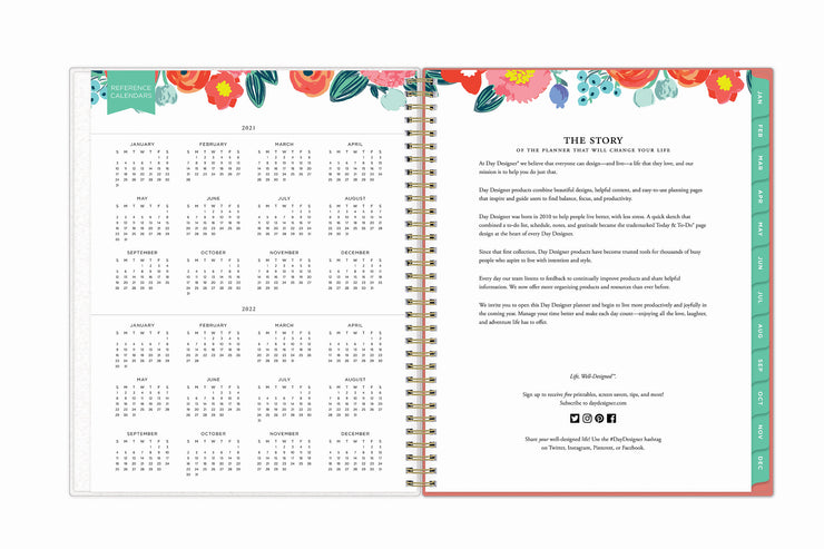 reference calendar for 2021 and 2022 year on this weekly monthly planner in 8.5x11 size