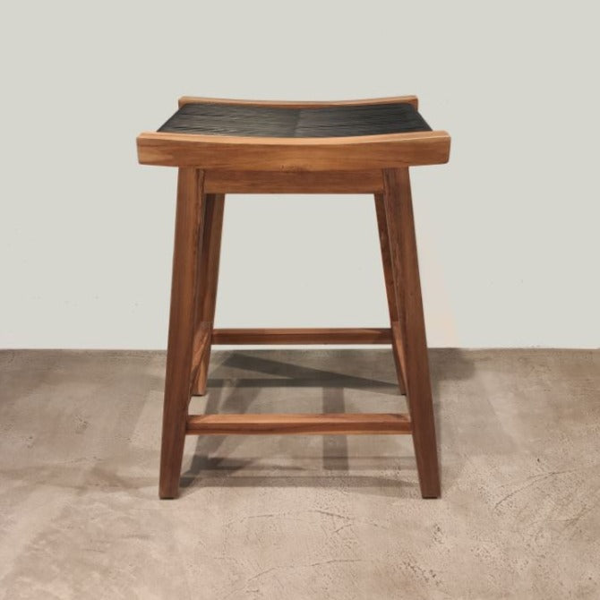Banco para barra tejido/ Thread bar stool*