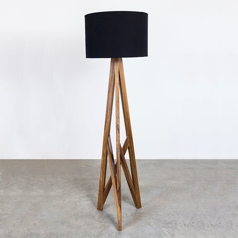 Lámpara de Piso / Floor Lamp