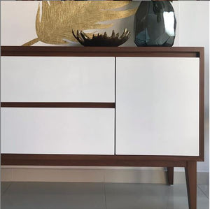 Bufetera Frente Blancos / White Front Buffet