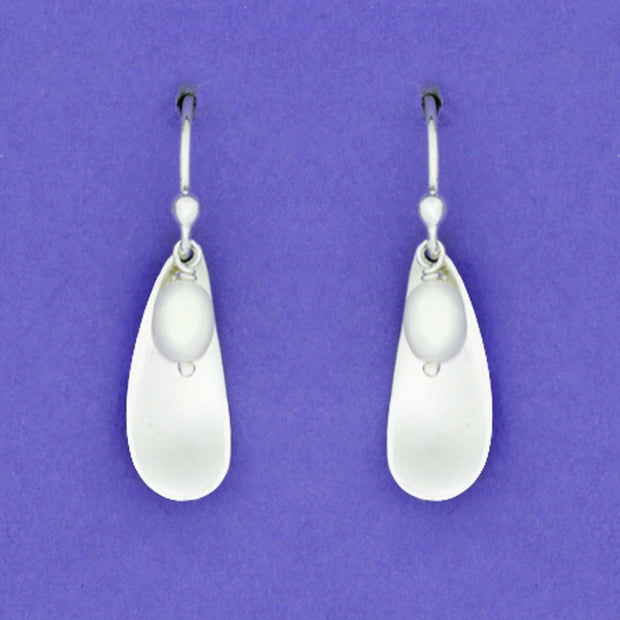 Sterling Teardrop And Pearl Earwire