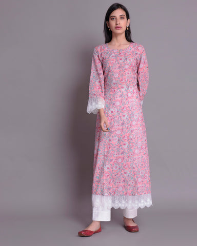 BABY PINK HAND BLOCK PRINTED COTTON MUL MUL KALIDAR KURTA WITH WHITE LACE