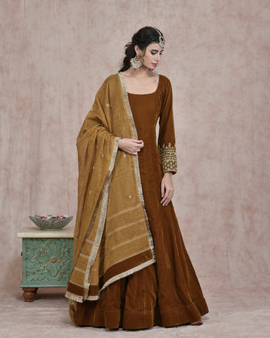 MUTARAD YELLOW VELVET EMBROIDERED ANARKALI DRESS WITH PURE CHANDERI TISSUE DUPATTA