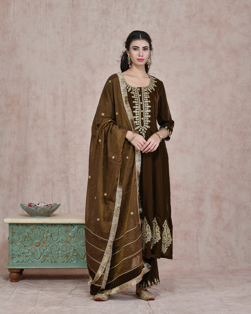 MEHENDI GREEN VELVET EMBROIDERED KURTA AND PLAZO WITH PURE CHANDERI TISSUE DUPPATTA