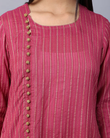 WINE COTTON HANDLOOM KURTA WITH ZARI & CROSIA BUTTON DETAILING