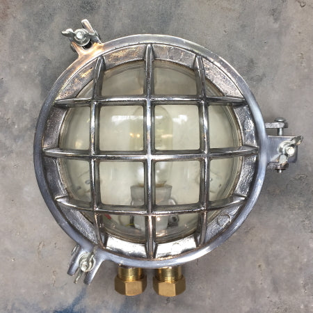 Circular aluminium bulkhead outdoor wall light with protective metal cage