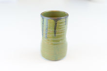 Load image into Gallery viewer, Em.Burge Pottery