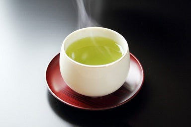 Drinking Green Tea vs. Extract & Supplements