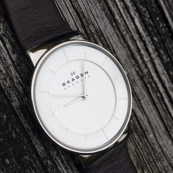 Skagen White Dial Brown Leather Strap Ladies Watch SKW2058