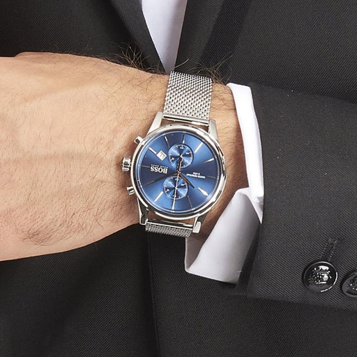 Hugo Boss Jet Chronograph Blue Dial Men's Watch Water resistance: 50 meters / 165 feet Movement: Quartz