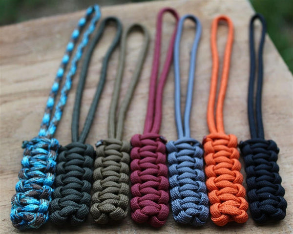 Cobra Stitch Paracord Lanyard with Paracord Loop