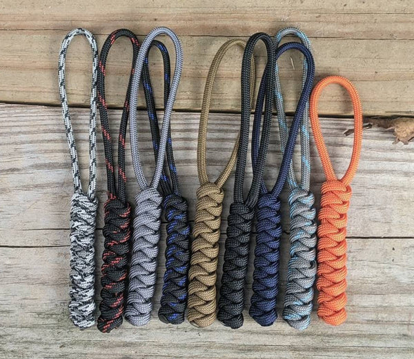 Snake Stitch Paracord Lanyard with Paracord Loop