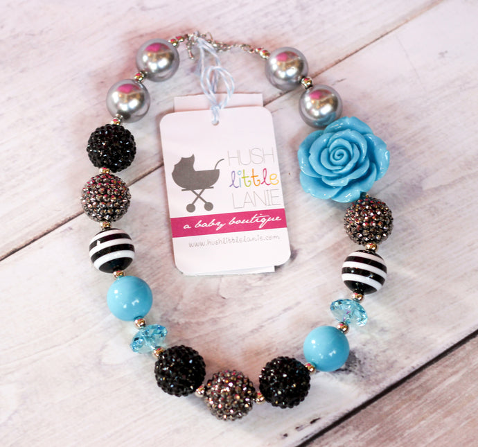 {CHUNKY NECKLACE}