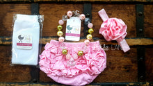 {RUFFLE DIAPER COVER} 12-18m