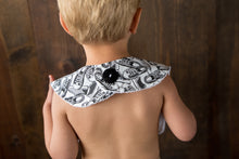 {BIB} Handmade Button Bib - Feather and Arrows