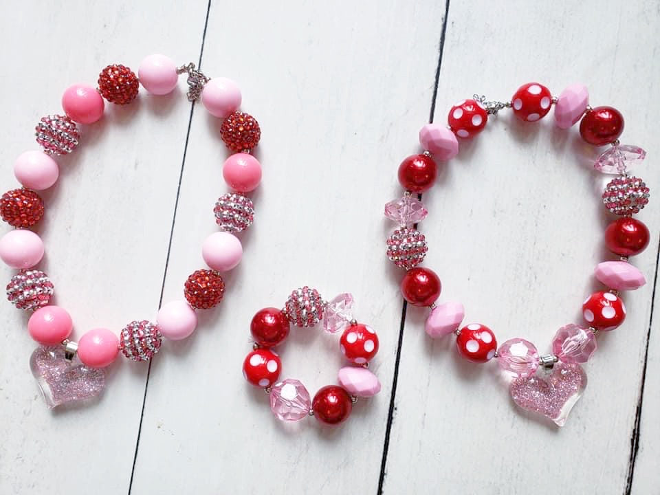 {CHUNKY NECKLACE AND BRACELET} Valentine