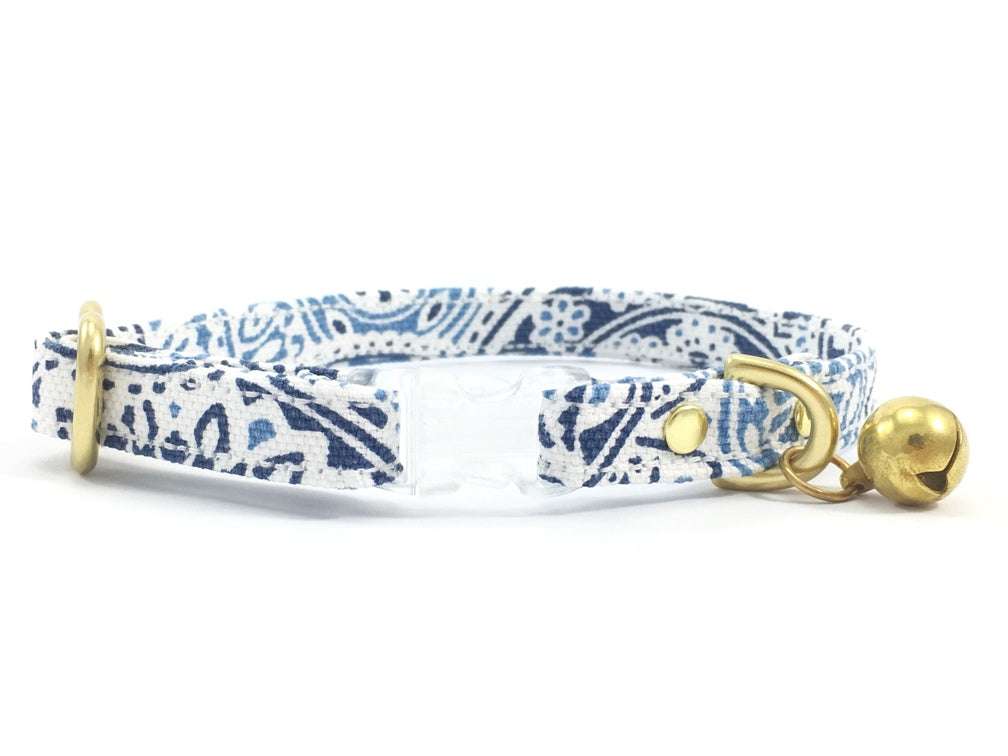 Luxury beautiful blue and white cotton patterned breakaway safety cat collar with transparent breakaway buckle and solid brass bell