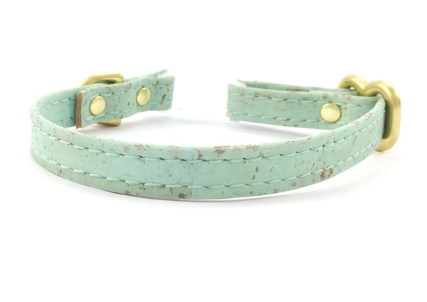 Green dog collar in extra small/miniature size made of pastel mint green vegan cork 'leather' with matching lead available