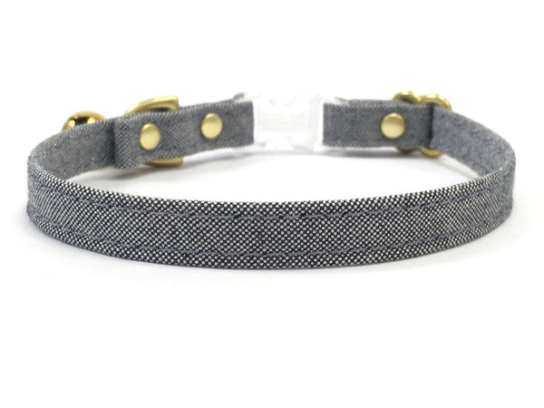 Organic cotton cat collar in blue and white sustainable cotton canvas with bell