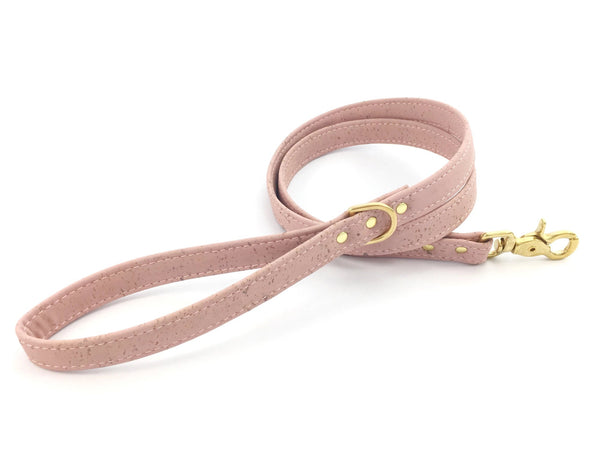 Millennial pink dog lead/leash made of luxury and ethical vegan cork leather, made in the UK by Noggins & Binkles