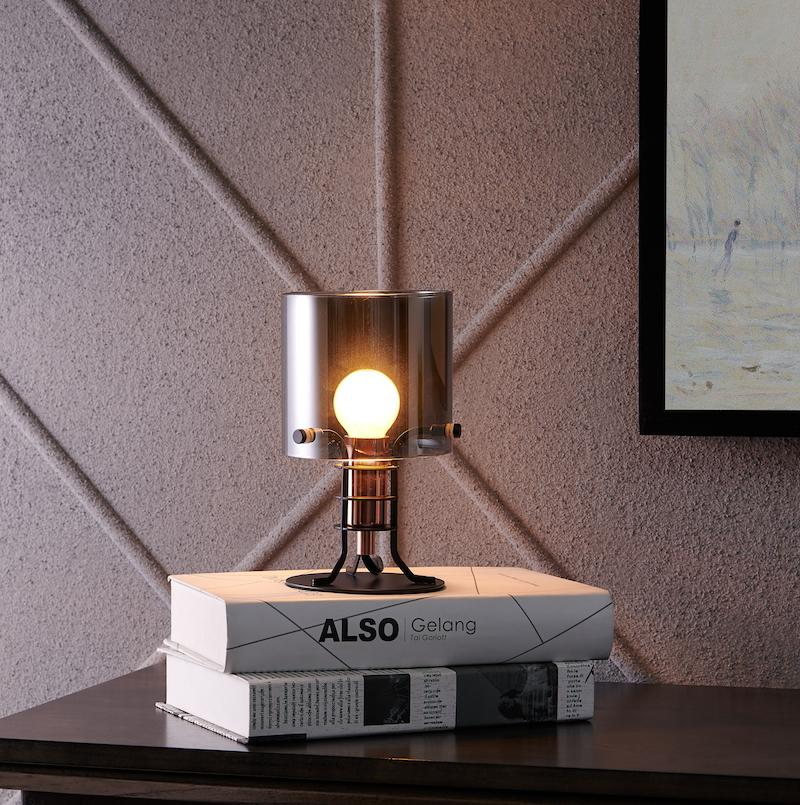 GIO Desk Lamp - Archiology