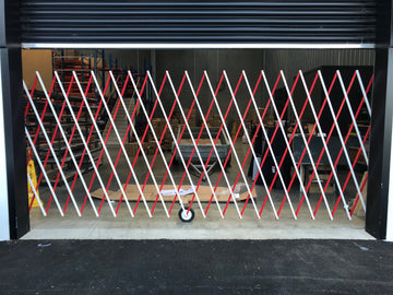 up to 6m wide, 1.8m high Expandable Gate