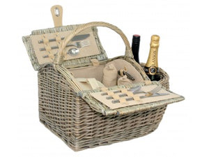 2 Person Boat Hamper for outdoor dining