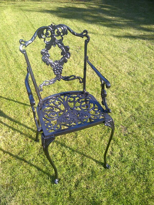 Grape Carver Chair