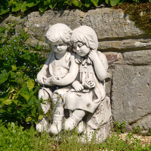 Jack & Jill Sitting Statue - Antique Stone Effect