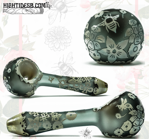 Liberty Glass -Flowers & Bees Carve Pipe