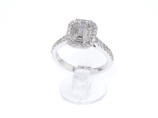 18 ct white gold Engagement ring with Emerald cut Diamonds