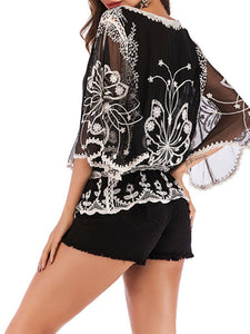 around-town-floral-embroidered-slouchy-top -Findalls