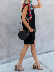 carmen-pocketed-embroidered-dress -Findalls