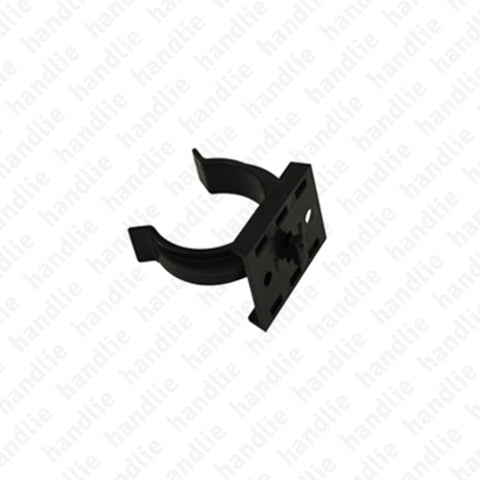 G.13 - Clip for plastic plinth
