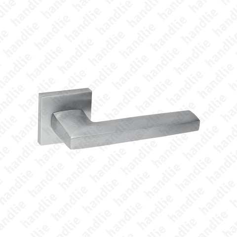 "IN.00.107 Metric - ""Metric"" Door Lever Handle"