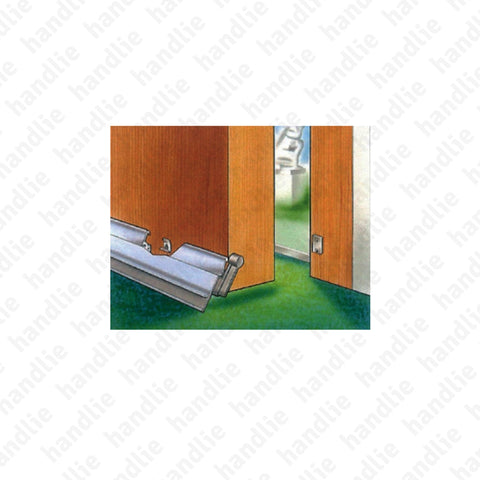 VP.STM - Surface mounted door seal for wooden and metal doors