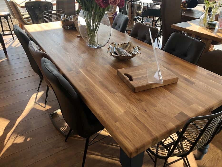The Merlin Oak Dining Table